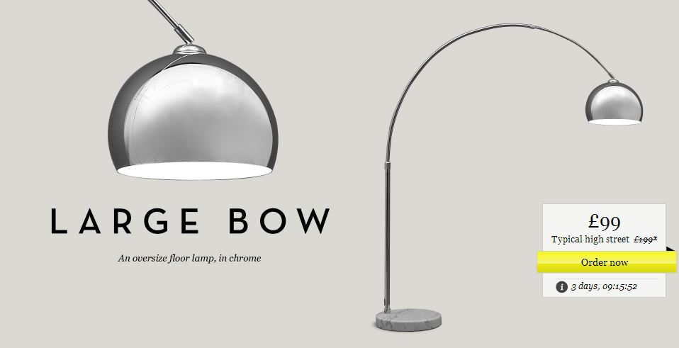 Bow lamp for the lounge