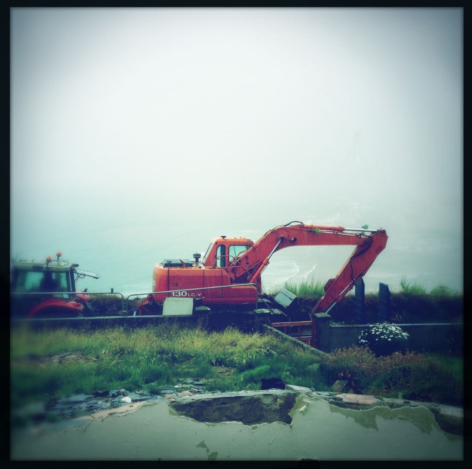 Digger delivery in the rain