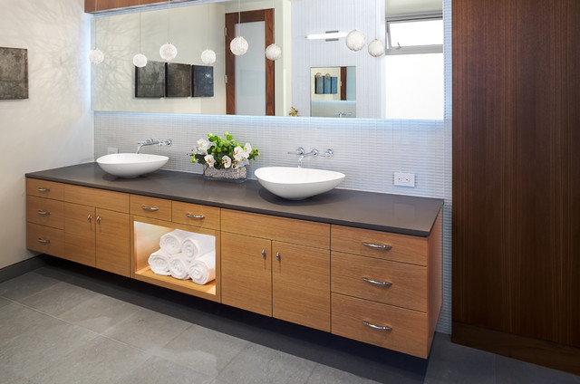double sinks + storage