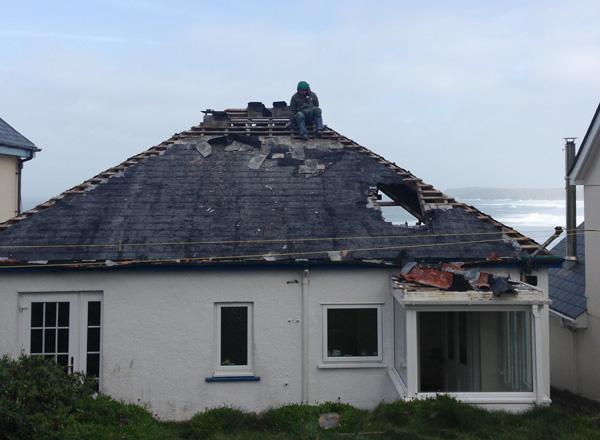 Silver Spray still has a roof
